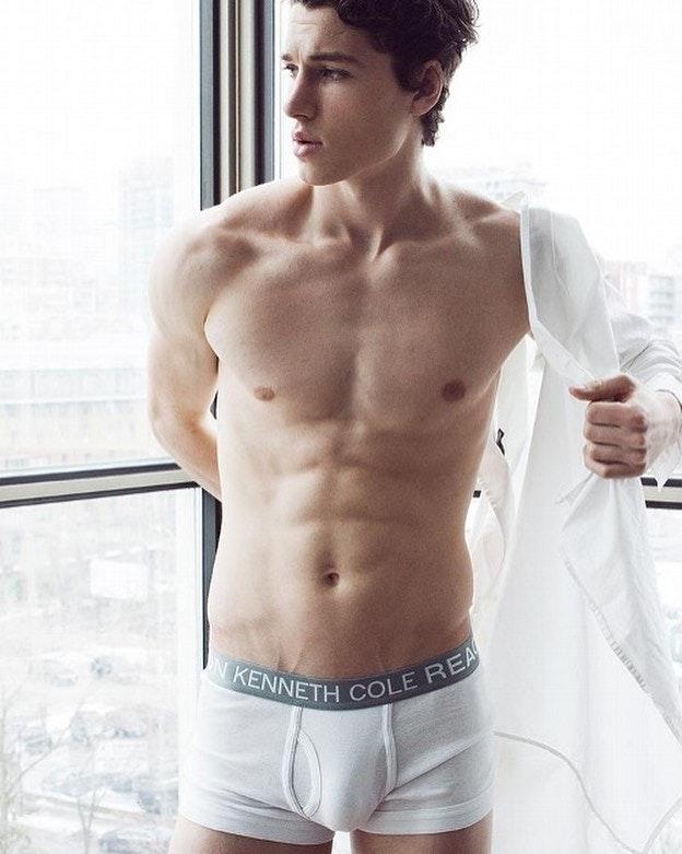 #men #hotmen #twinks #underwear #trunks #abs #bulge