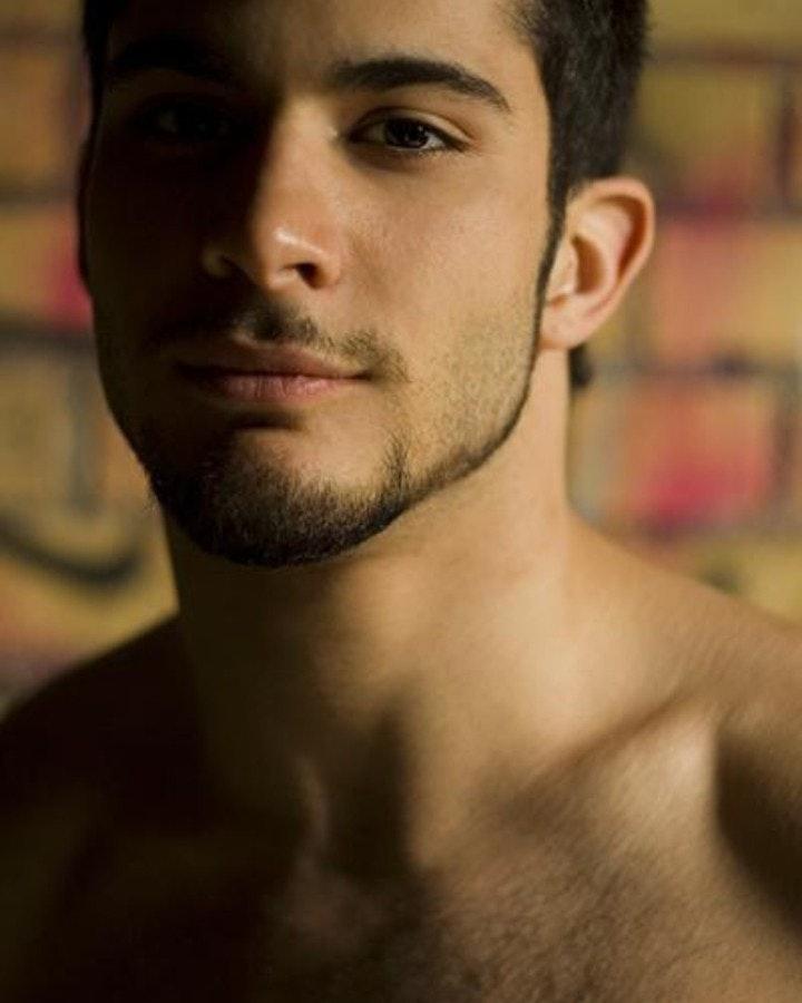 #men #shirtlessguys