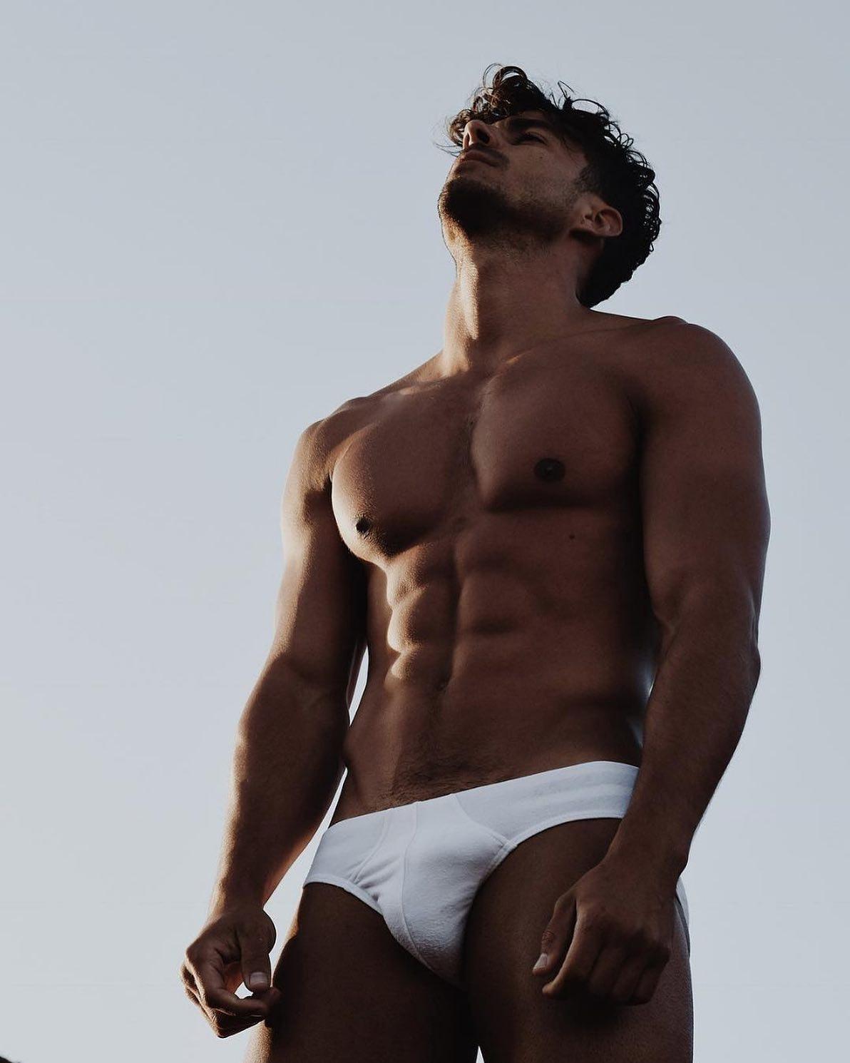 #men #bulge #abs #muscle #underwear #briefs