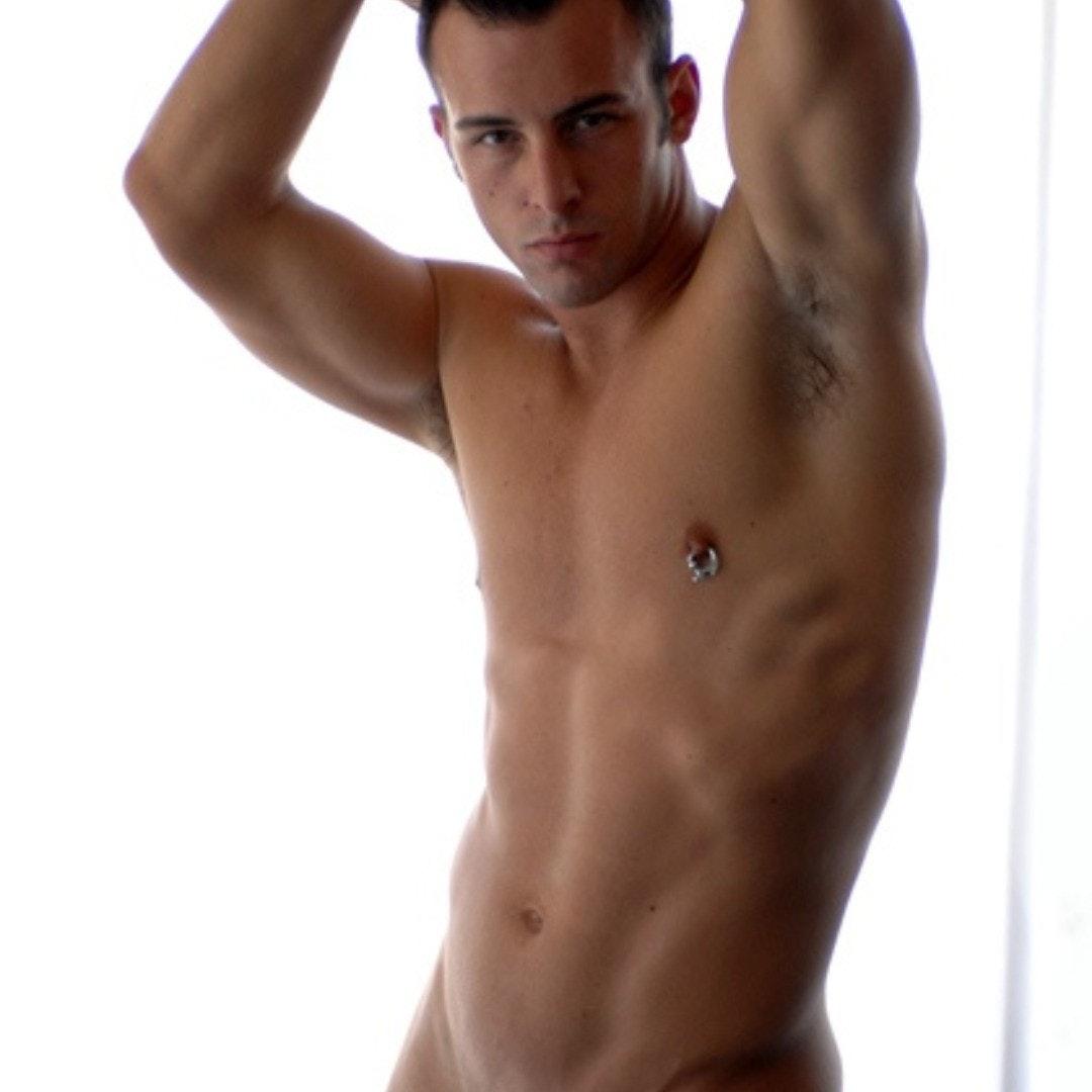 #pits #shirtlessguys #men #shirtlessmen