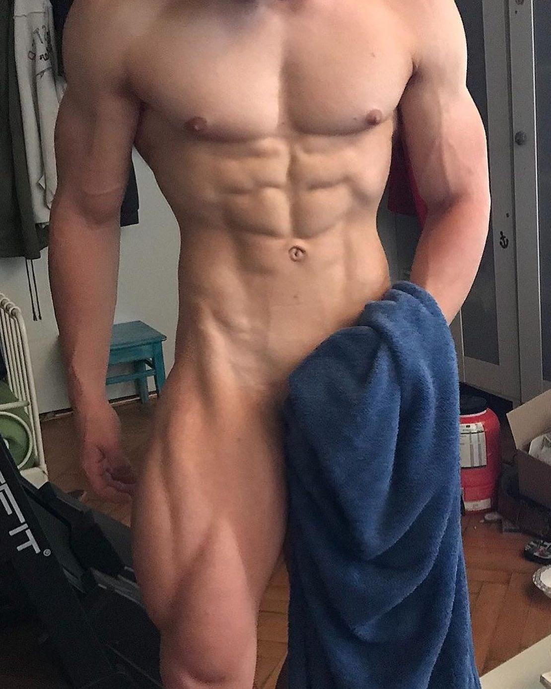 #men #muscle #hotmen #abs #hunks