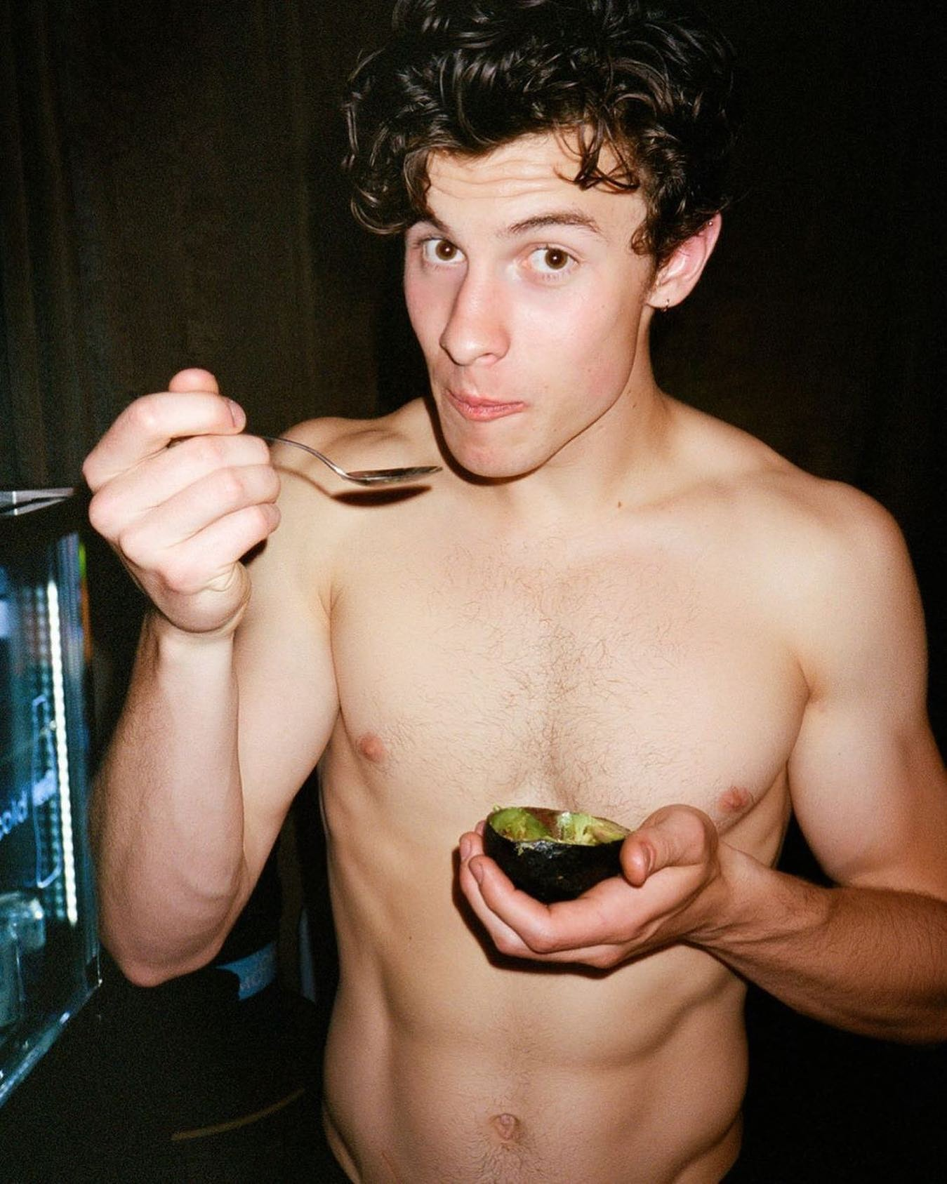#shawnmendes #shirtless #abs #malecelebs