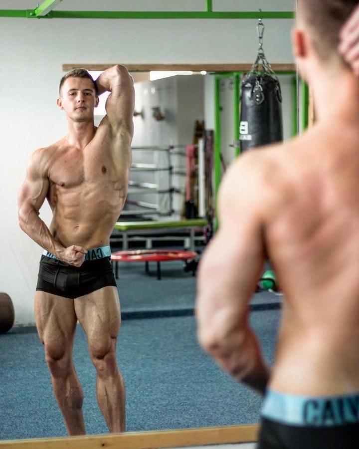 #men #calvinkleinunderwear #underwear #hunks #muscle #gym