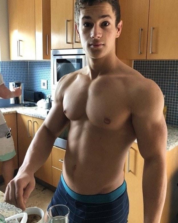 #men #muscle #hotmen #abs