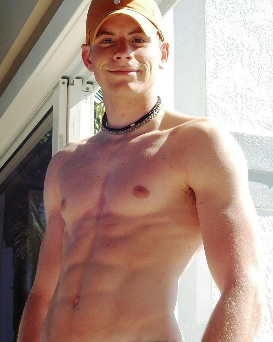 #men #smile #twinks #muscle #abs #hotboys