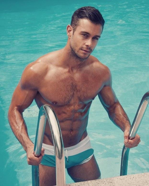 #men #hunks #bulge #wet #abs #hotmen #swimsuit #muscle
