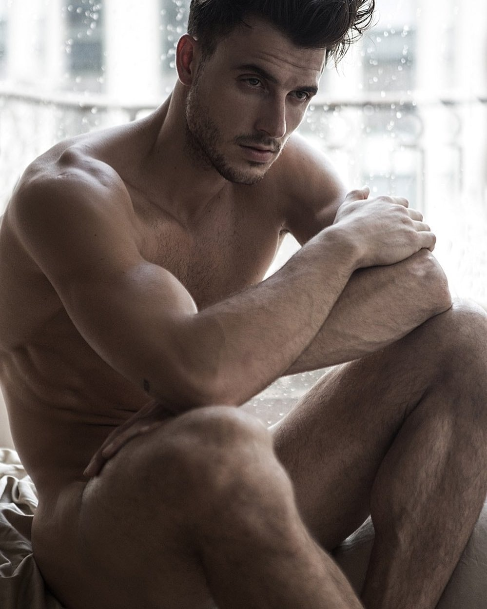 #men #hunks #muscle #hotmen #hotboys #shirtlessguys