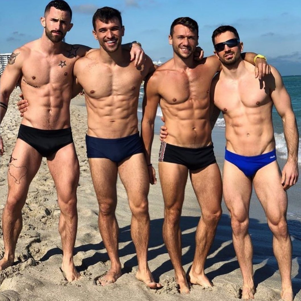 #men #hunks #beachboy #bulge #abs #muscle #hotmen