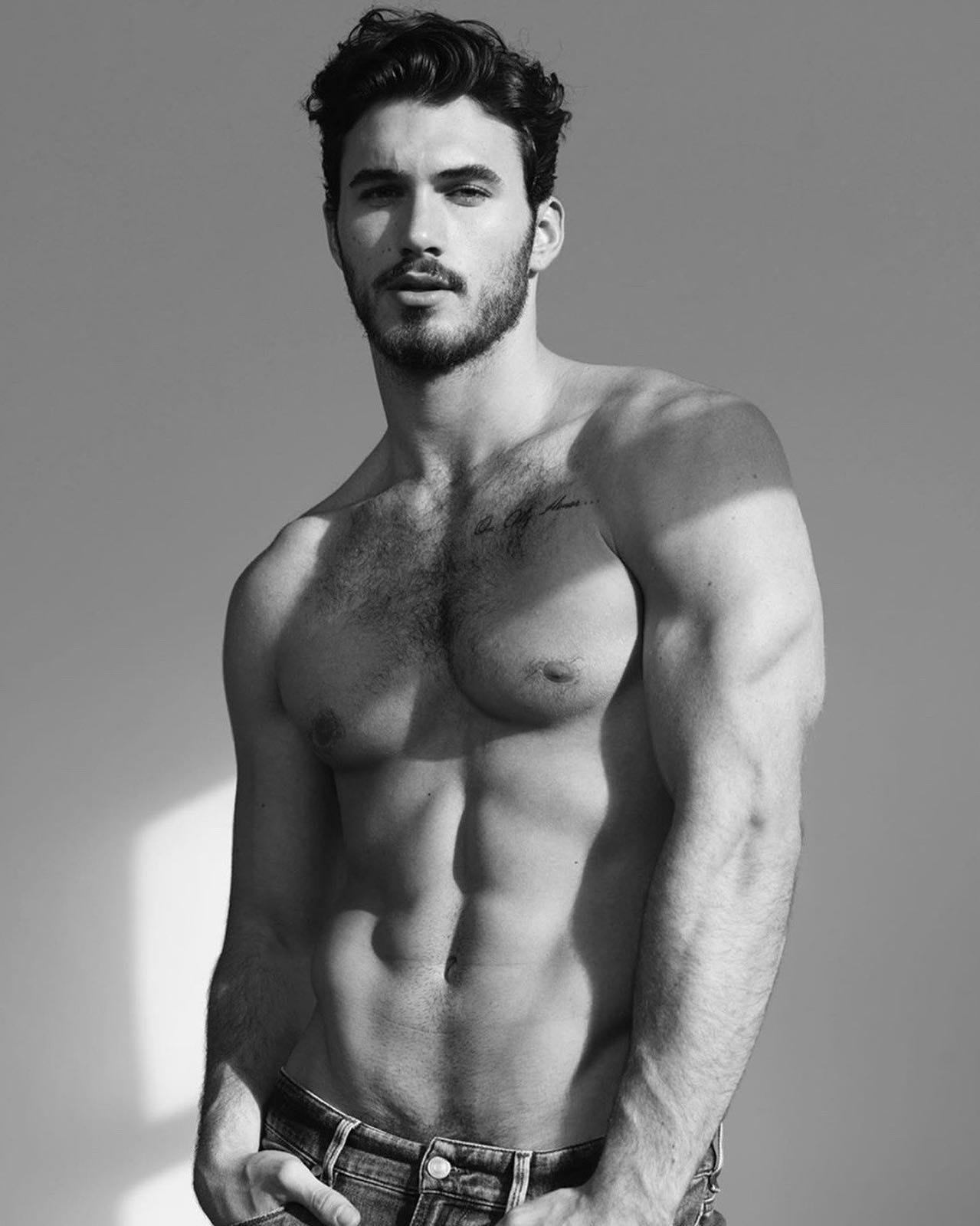 #men #abs #blackandwhite #muscle