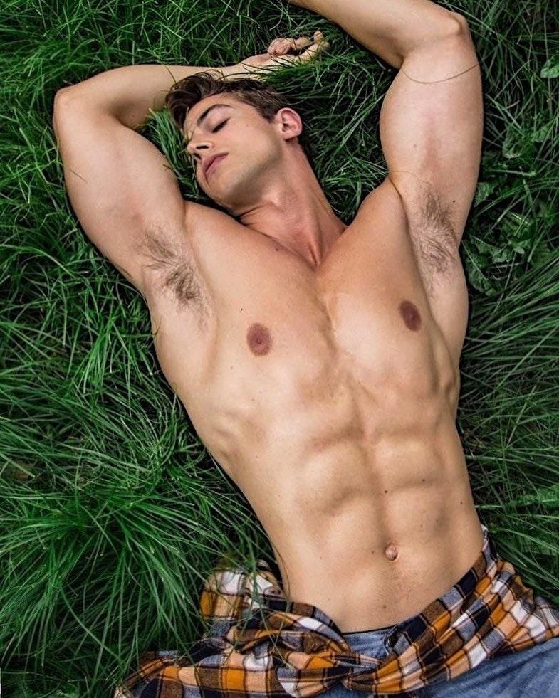 #men #hunks #armpits #muscle #abs #hotmen