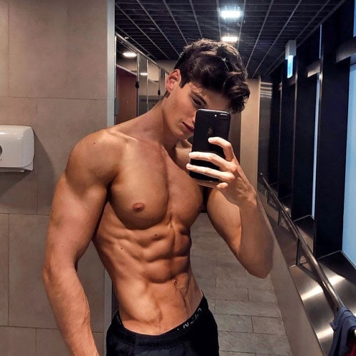 #men #selfie #muscle #hunks #hotmen #abs