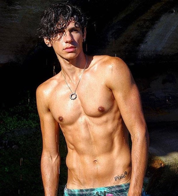 #men #twinks #wet #abs #muscleb #hotboys
