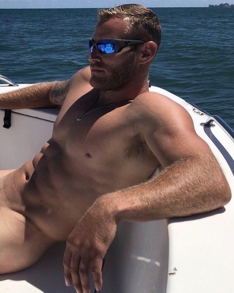 #men #hunks #beachboy #abs #muscle #hotmen