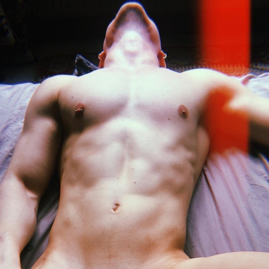 #men #hunks #abs #sexy #hotmen #hotboys