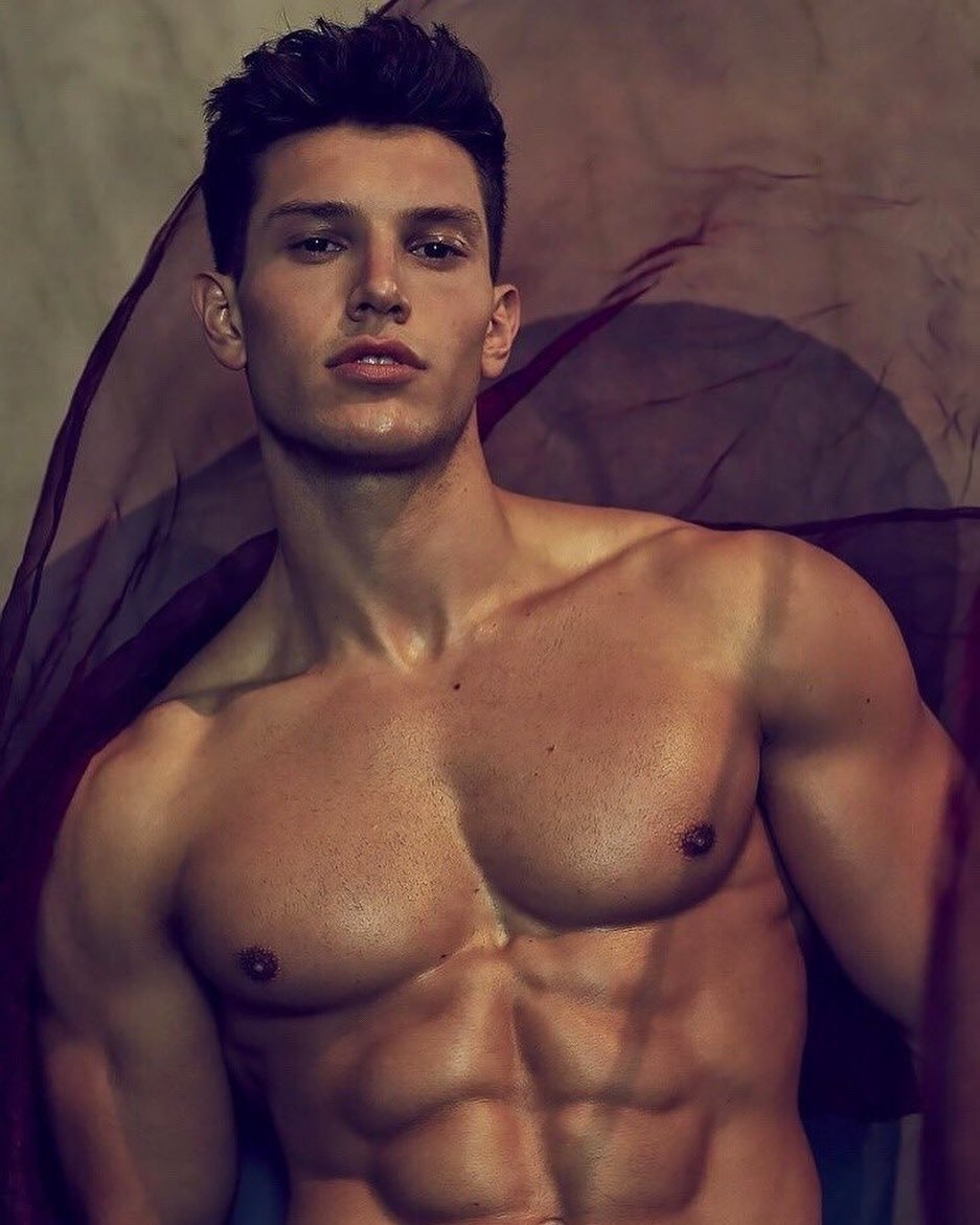 #men #malemodels #muscle #abs #hotboys #hotmen