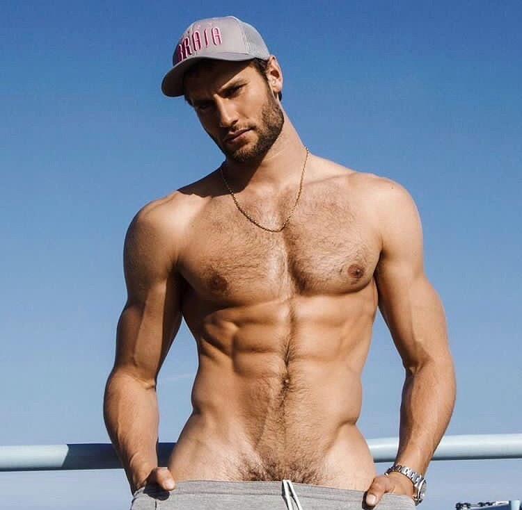 #men #hat #hairy #abs #muscle #abs #hotmen