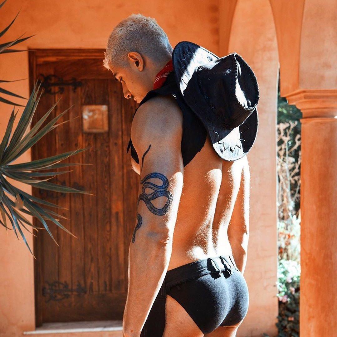 #men #tatoo #blonde #underwear #briefs #malebut