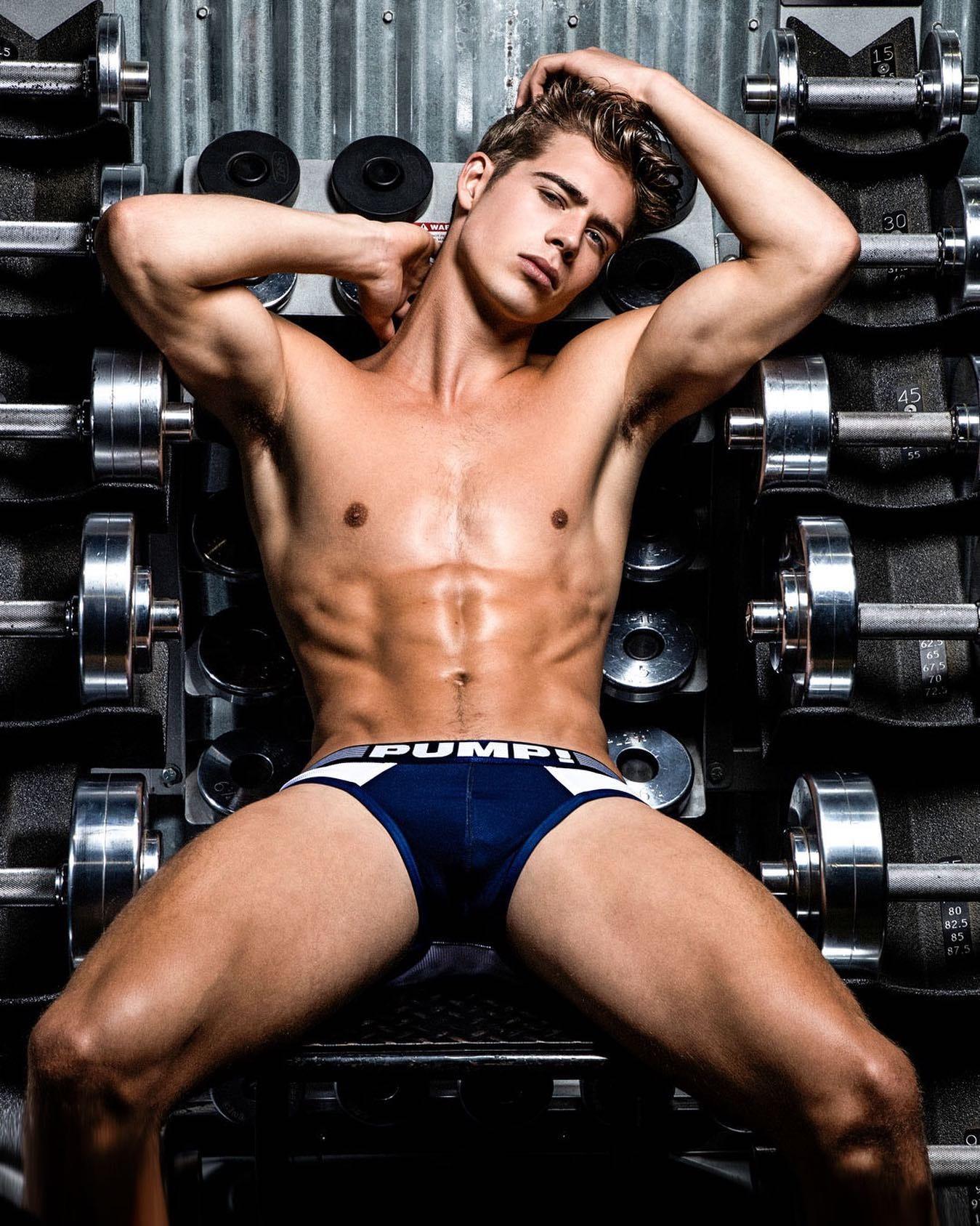 #men #underwear #sixpack #pump