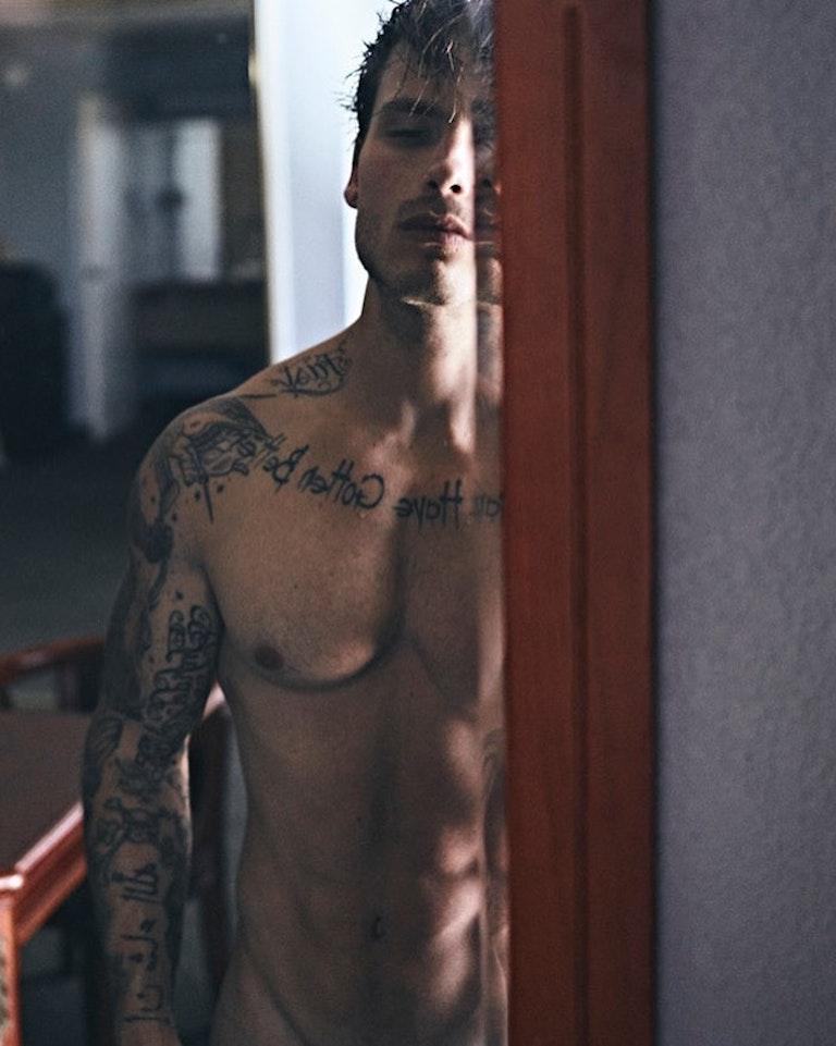 #men #tatoo #twinks #twink #sixpack #abs #face #fitmen #hotmen