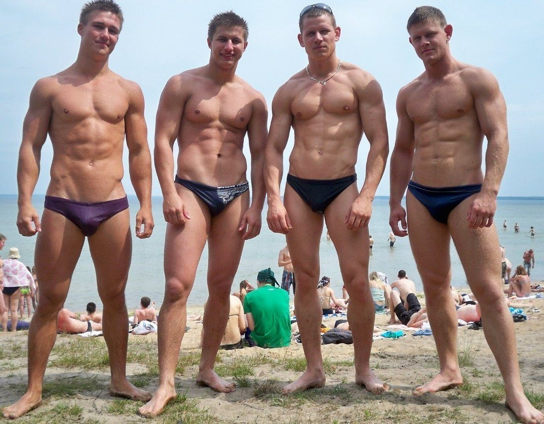 #men #beachboy #swimwear #sixpack #muscle #speedo #bulge #fitmen