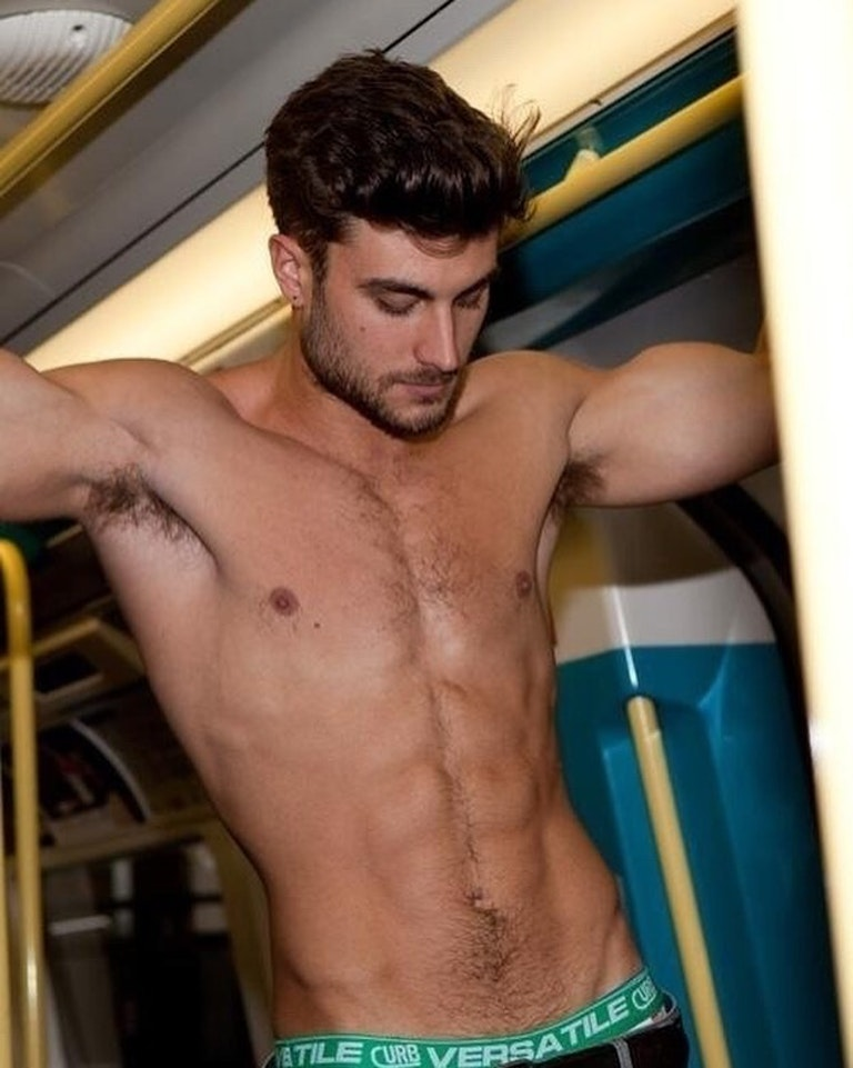 #men #armpits #publictransport #shirtlessguys #sixpack #hotmen