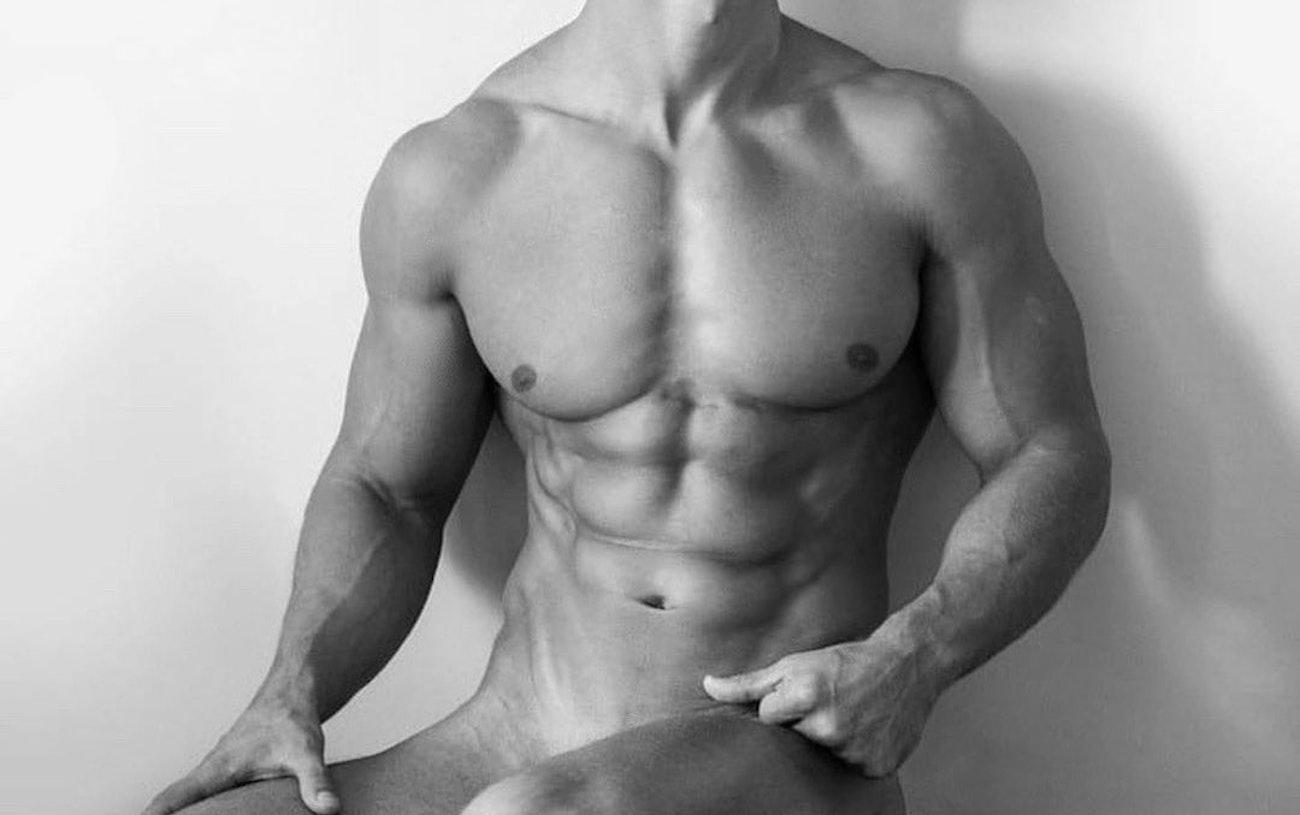 #men #blackandwhite #twinks #abs #muscular