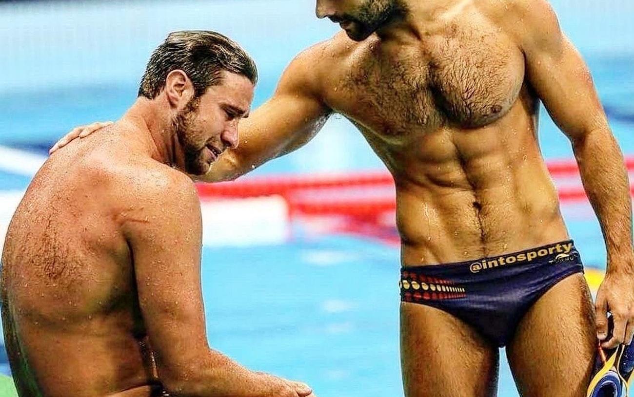 #men #hairy #hunks #muscular #gayboy #gaymen #hotboys #hotmen #wet #swimming #swimsuit #abs
