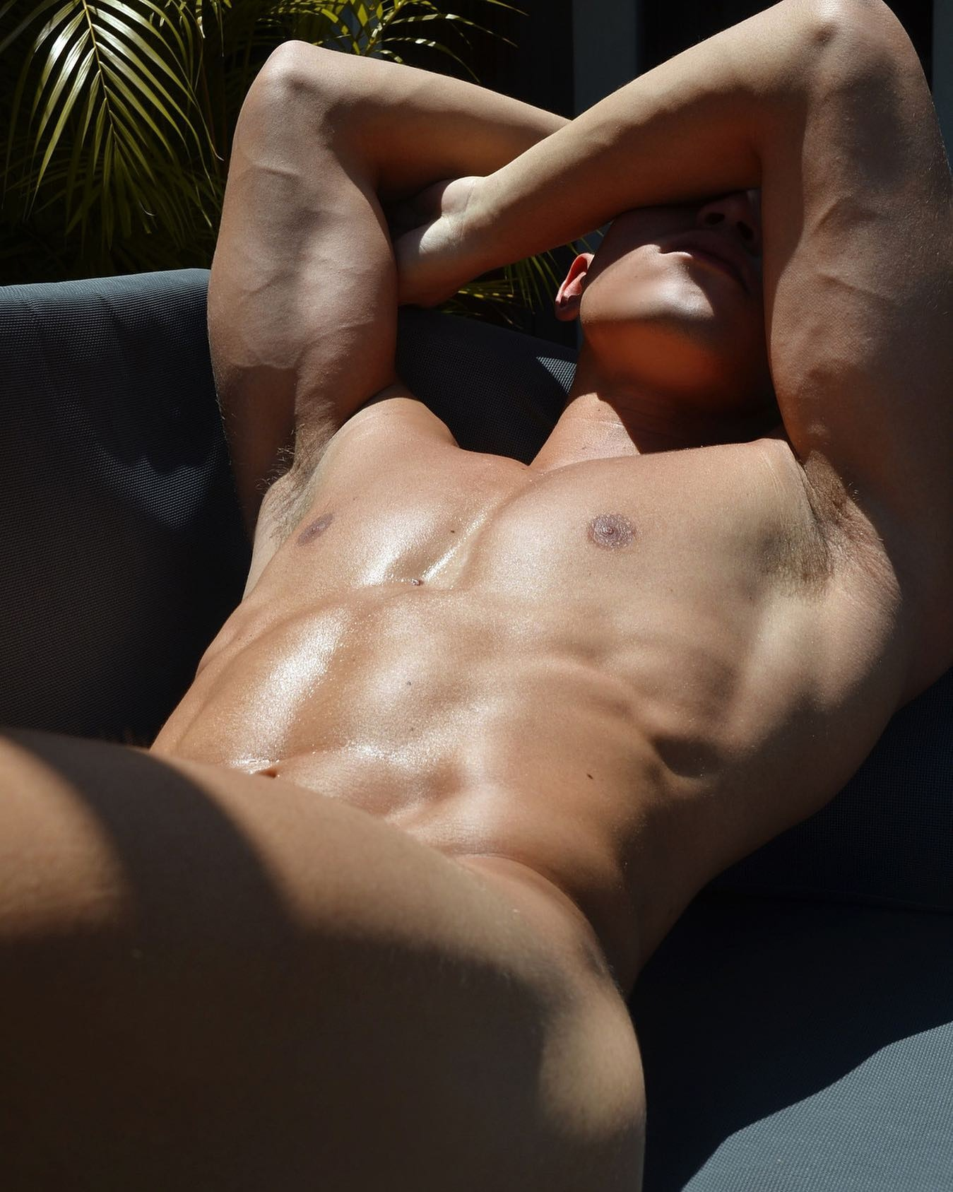 #men #muscular #armpits #sixpack #abs #shirtlessguys #gaymen #hotmen #sexymen